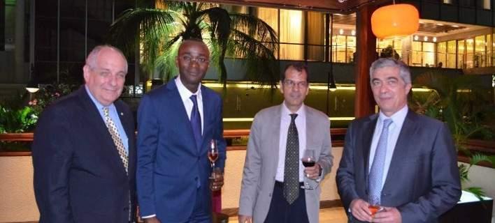 Ο Τέρενς Κουίκ στο Κονγκό -Για τις περιουσίες των Ελλήνων