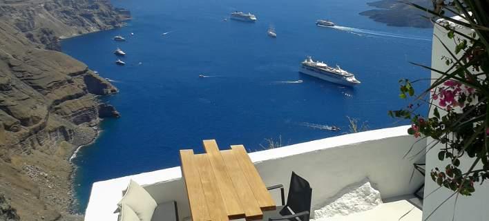 Εκρηξη τιμών στα ξενοδοχεία σε Μύκονο και Σαντορίνη -Αφήνουν… πίσω Ιμπιζα και Σαρδηνία
