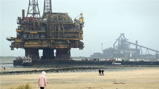 Επιστροφή στο 2014 για το πετρέλαιο – «Άγγιξε» τα 75 δολάρια το βαρέλι