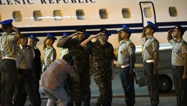Στην Ελλάδα οι δύο στρατιωτικοί
