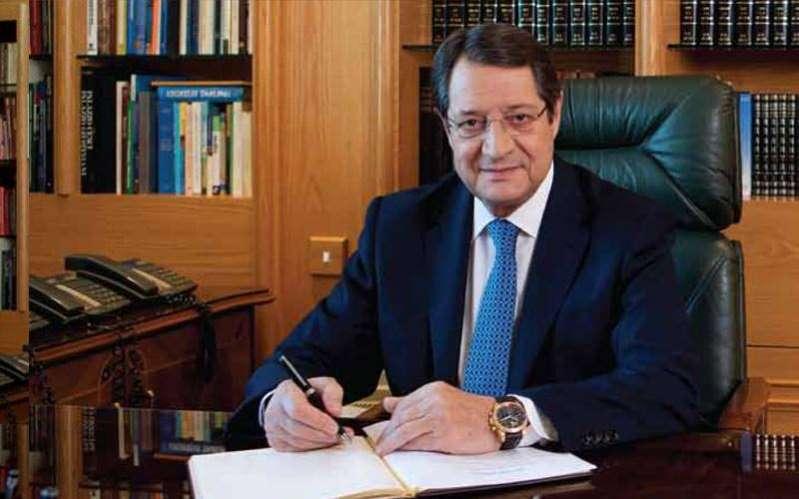 Κύπρος: Μυστική συνάντηση Αναστασιάδη-Τσαβούσογλου