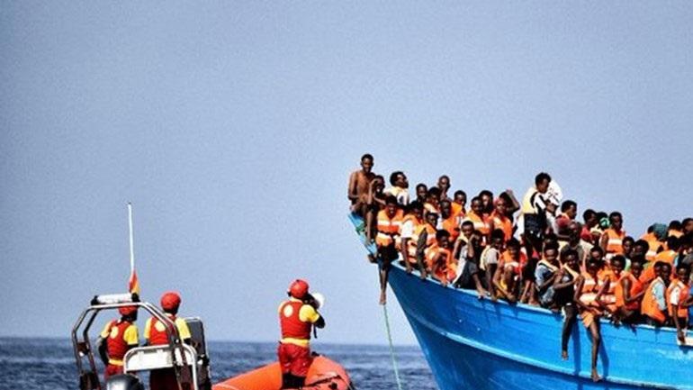 Λιβύη: Δεκάδες μετανάστες αρνούνται να αποβιβαστούν στο λιμάνι της Μισράτας