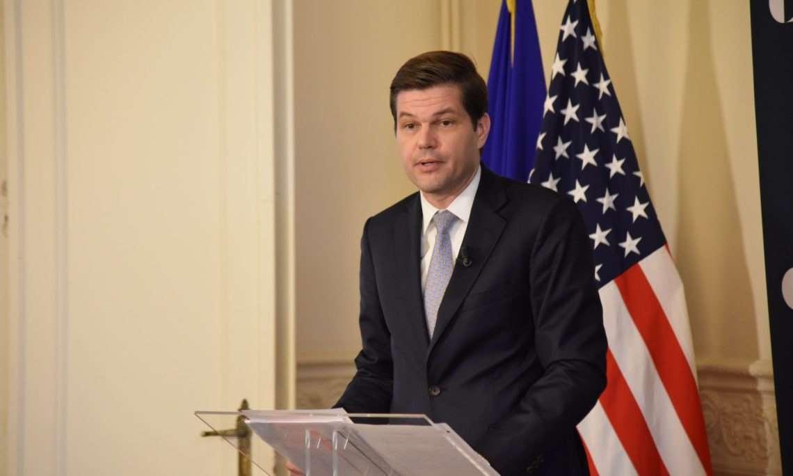 Γ. Μίτσελ: Οι ΗΠΑ δεν θα δουν φιλικά καμία παρενόχληση στην κυπριακή ΑΟΖ