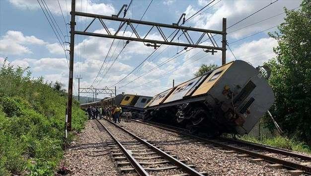 Ν. Αφρική: Σύγκρουση τρένων με δύο νεκρούς και δεκάδες τραυματίες