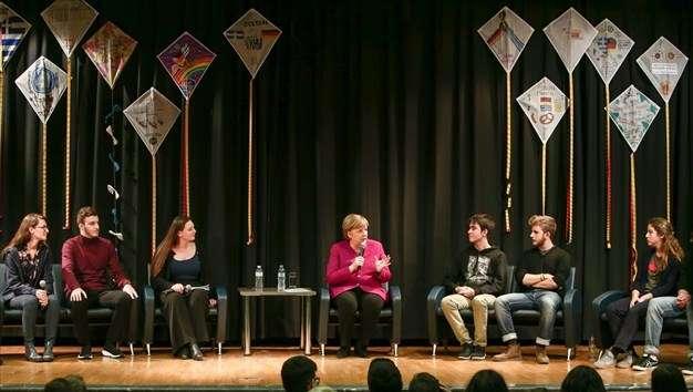 Το μήνυμα της Μέρκελ στους νέους για το brain drain