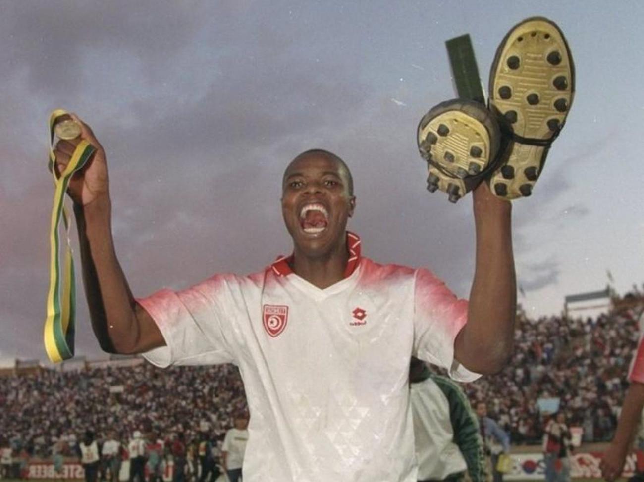 «Έφυγε» ο ήρωας που είχε στείλει τη Νότιο Αφρική στο Μουντιάλ του '98