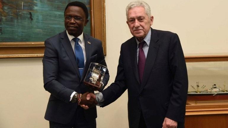 Συνάντηση Κουβέλη με αντιπροσωπεία της Κένυας