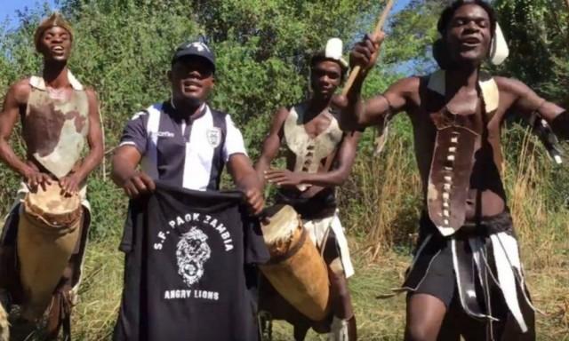 «Σήκωσε το» από οπαδούς του ΠΑΟΚ στη Ζάμπια