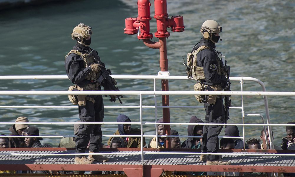 Μάλτα: Διώκονται οι δύο στρατιώτες που πυροβόλησαν και σκότωσαν μετανάστη «επειδή ήταν μαύρος»!