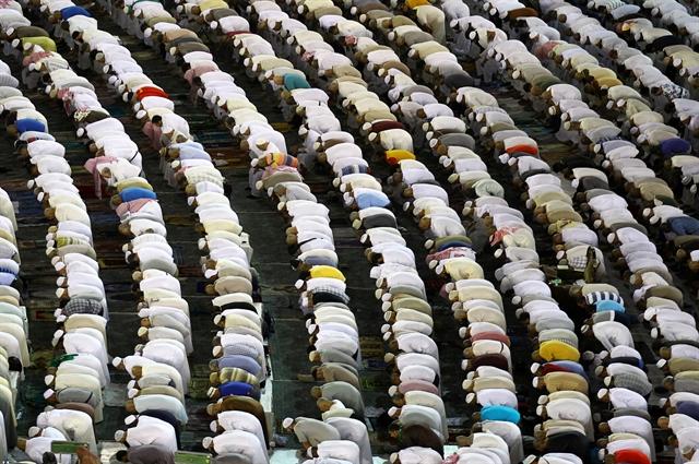 Οι Άραβες γυρίζουν την πλάτη στη θρησκεία