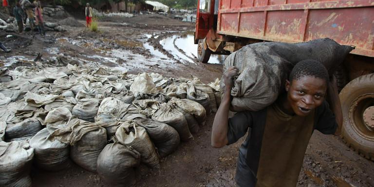 Κονγκό: Αγωγή κατά κολοσσών της τεχνολογίας για τους θανάτους παιδιών σε μεταλλεία κοβαλτίου