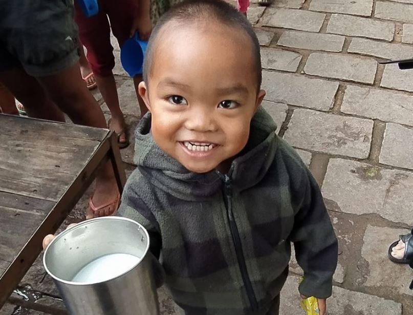 Πρωινά χαμόγελα στη μακρινή Μαδαγασκάρη