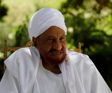 Πέθανε από κορονοϊό ο τελευταίος δημοκρατικά εκλεγμένος πρωθυπουργός του Σουδάν