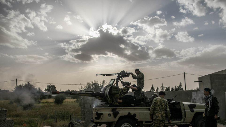 Λιβύη: Διχασμένη η χώρα δέκα χρόνια μετά την ανατροπή Καντάφι
