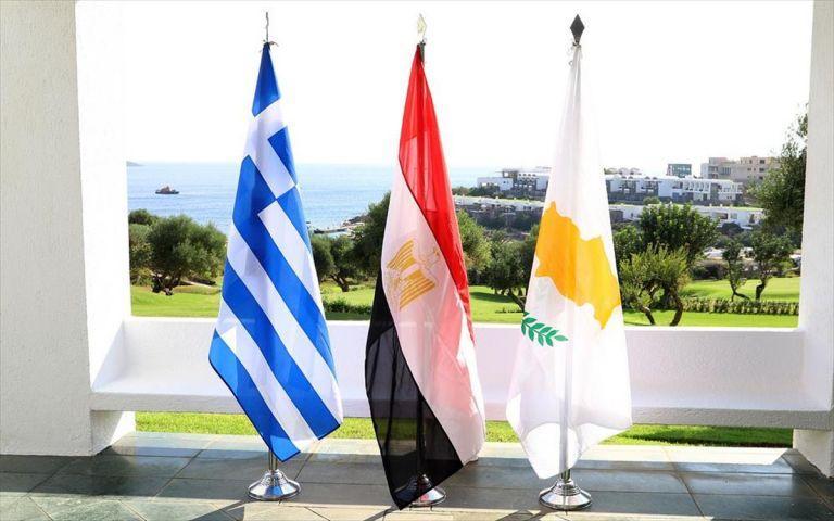 Ελλάδα – Κύπρος – Αίγυπτος υπέγραψαν πρόγραμμα τριμερούς στρατιωτικής συνεργασίας