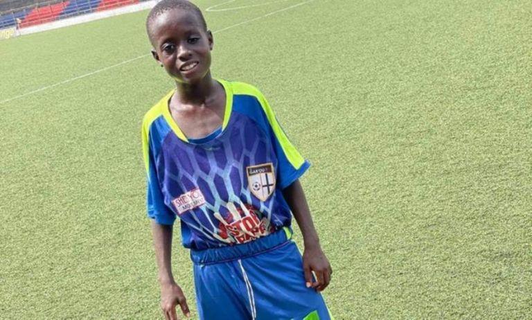 «Είναι υπεράνθρωπος»: Ένας 11χρονος στη Λιβερία παίζει σε αντρική ομάδα