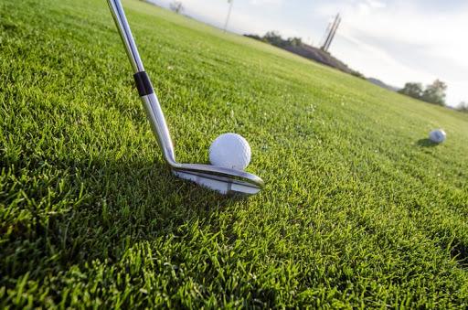 Πλακώθηκαν με το σημαιάκι σε φιλανθρωπικό αγώνα γκολφ!