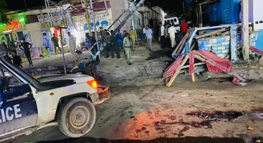 Σομαλία: Τουλάχιστον 6 νεκροί σε επίθεση βομβιστή-καμικάζι σε αστυνομικό τμήμα