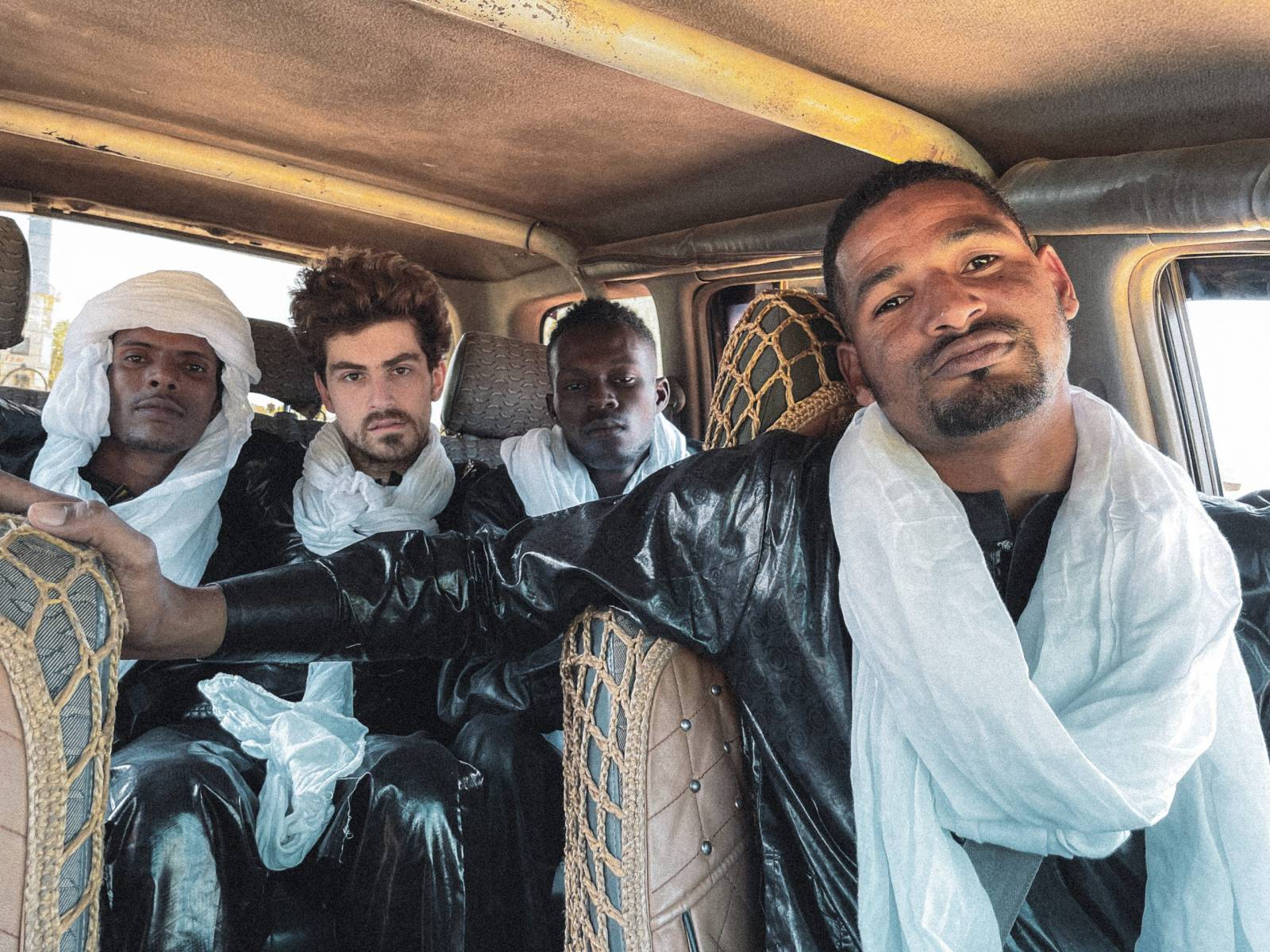 Mdou Moctar – Πια, η Αφρική βγάζει τους καλύτερους ροκ κιθαρίστες;
