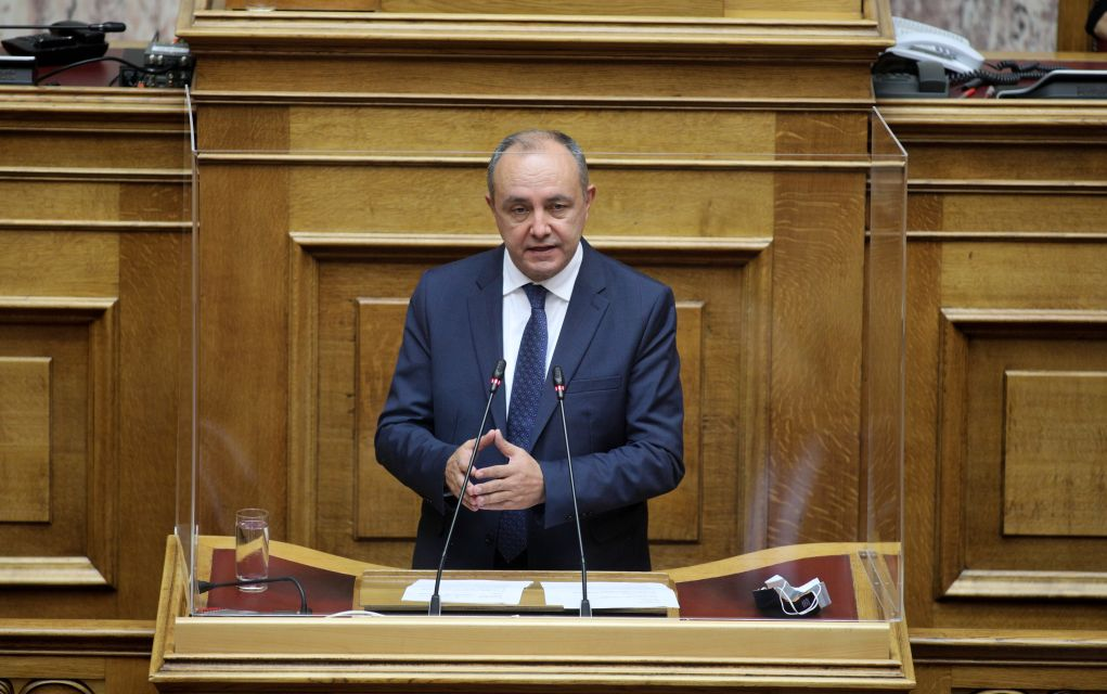 """Καράογλου στη Βουλή: """"Δε νοείται οι ομογενείς μας να είναι Έλληνες στα ξένα και ξένοι στην Ελλάδα"""""""