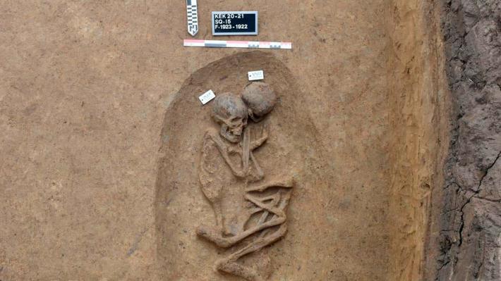 Ανακαλύφθηκαν σπάνιοι τάφοι της περιόδου πριν από την εποχή των Φαραώ
