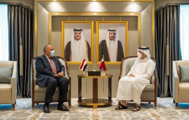 Ο Σίσι προσκάλεσε τον εμίρη του Κατάρ στην Αίγυπτο