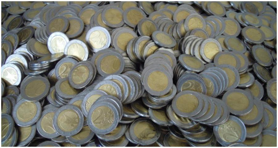 Γέμισε η αγορά με ψεύτικα δίευρα από το Μαλάουι